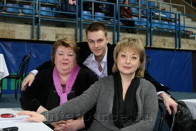 Руслан Тахаутдинов с мамой Ириной Юрьевной и адвокатом М.Б.Русаковой